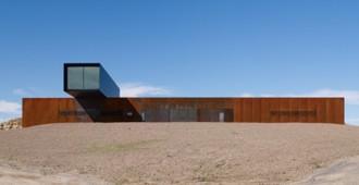 Australia: View Hill House- Denton Corker Marshall