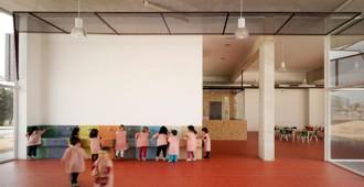 España: Escuela Infantil y Guardería entre palmeras, Los Alcázares, Murcia - COR & asociados