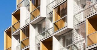 Francia: Plein Soleil, Paris - RH+ Architecture