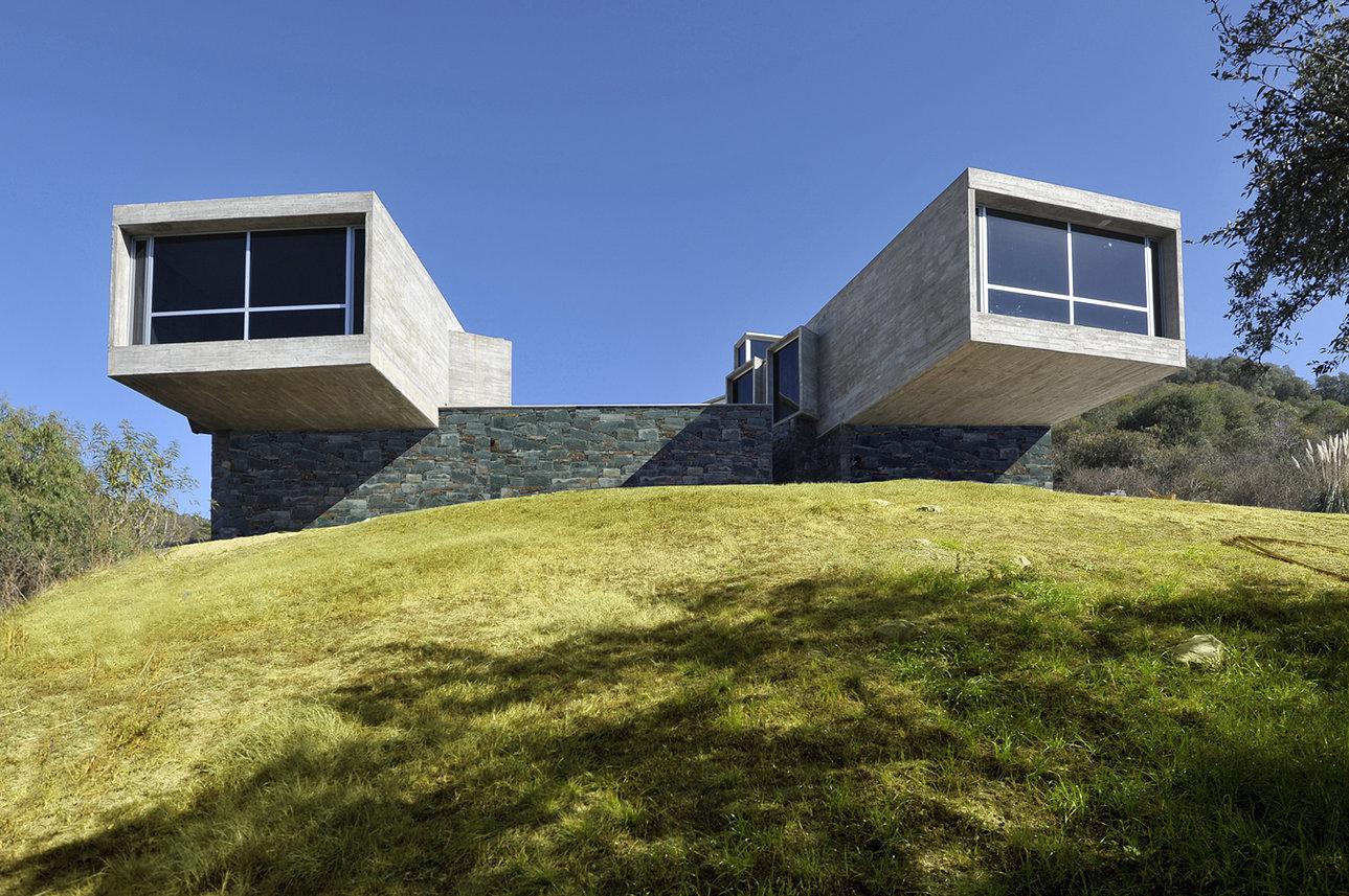 Argentina casa nekola c rdoba miguel ngel roca for Casa minimalista 6 x 12