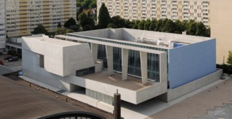 Francia: Reestructuración y ampliación de la piscina de Bagneux - Dominique Coulon et associés