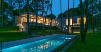 Argentina: Casa Kuvasz, Cariló - Estudio Galera Arquitectura