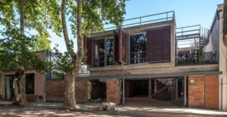 Uruguay: Paseo de la Brecha, Colonia del Sacramento  - Frazzi Arquitectos