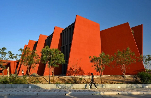 India: Rajasthan School - Sanjay Puri Architects