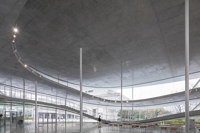Japón: Facultad de Artes y Ciencias, Universidad de Arte de Osaka - Kazuyo Sejima