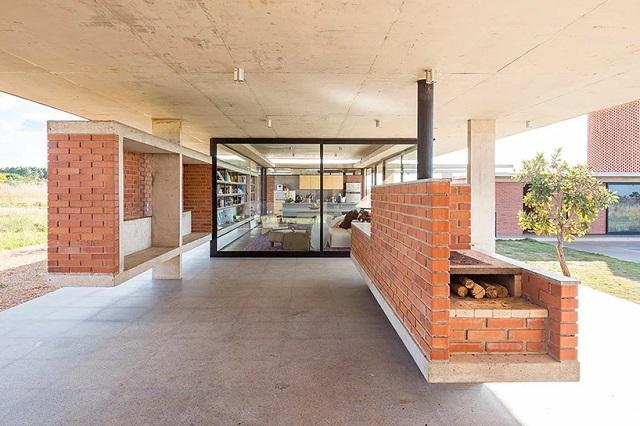 Brasil > Casa Vila Rica, en Brasilia,  diseñada por BLOCO Arquitetos [designboom]