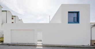 España: Casa RR - VIDA architecture + Matriz Arquitectura