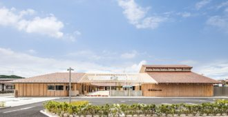 Japón: Centro de cuidado infantil Sakuragaoka - Kengo Kuma & Associates