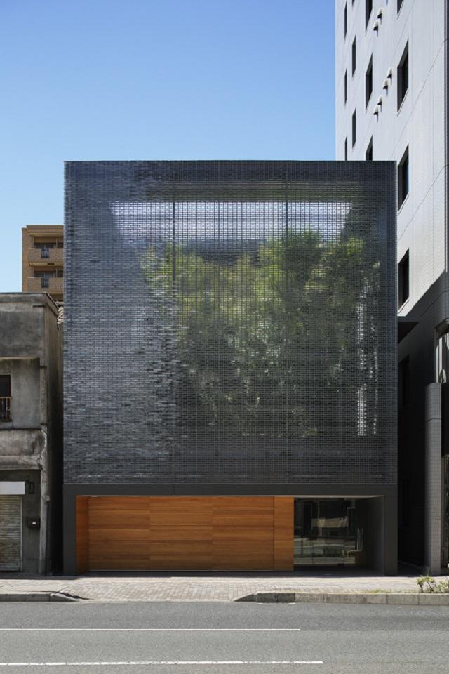 Japón: Casa de Vidrio Óptico - Hiroshi Nakamura & NAP