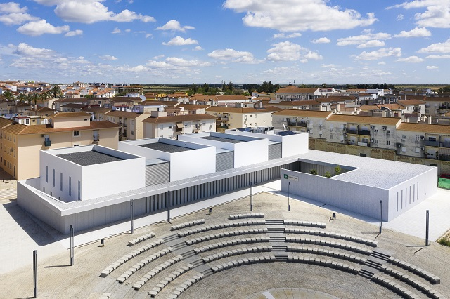 España: Centro de Salud de Gibraleón - Javier Terrados Estudio de Arquitectura
