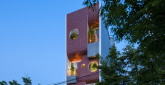Vietnam: Casa Da Nang - AD9 Architects