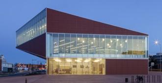 Francia:  Mediateca de Montauban - CFA