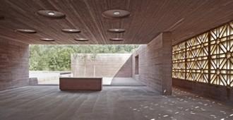 Aga Khan Award for Architecture 2013: Cementerio Islámico en Altach, Austria - Bernardo Bader Architects