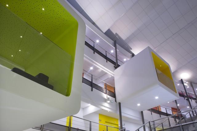 Francia: Institut de Formation des Professionnels de la Santé, Avignon - NBJ Architectes