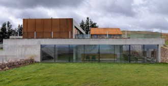 'Stormy Castle', Gales - Loyn & Co Architects