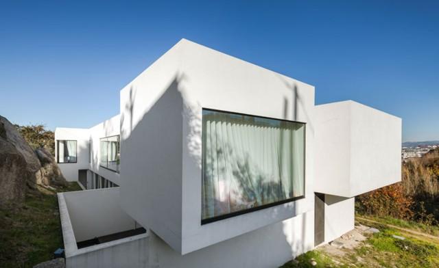 Portugal: Casa AA, Guimarães - Filipe Vilas-Boas