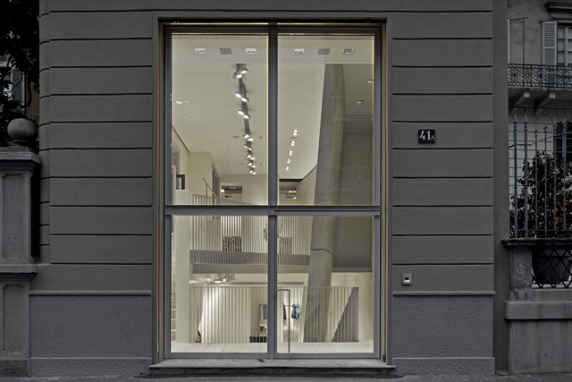 Italia: Duvetica, Milán - Tadao Ando