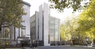 Inglaterra: 'World Conservation and Exhibitions Centre', British Museum - Rogers Stirk Harbour + Partners