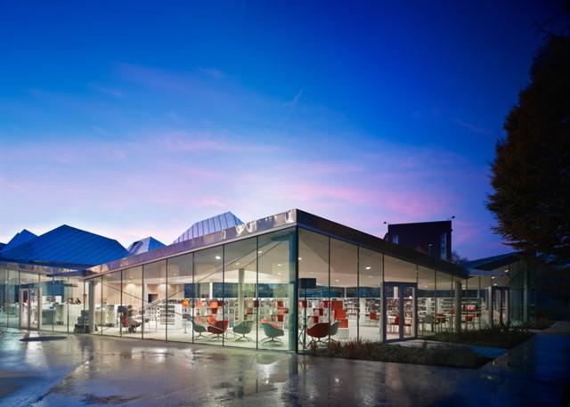 Francia: 'Médiathèque de La Madeleine' - Tank Architectes