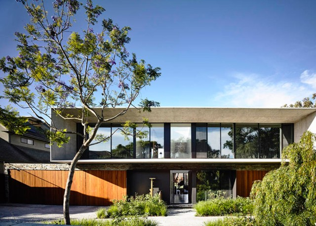 Australia: 'Concrete House', Melbourne - Matt Gibson Architecture + Design