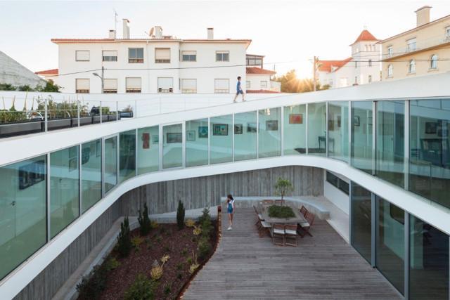 Portugal: Casa en Estoril - António Costa Lima