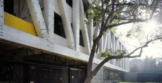 Chile: Escuela de Arquitectura de la Universidad Católica de Chile - Gonzalo Claro Arquitectos