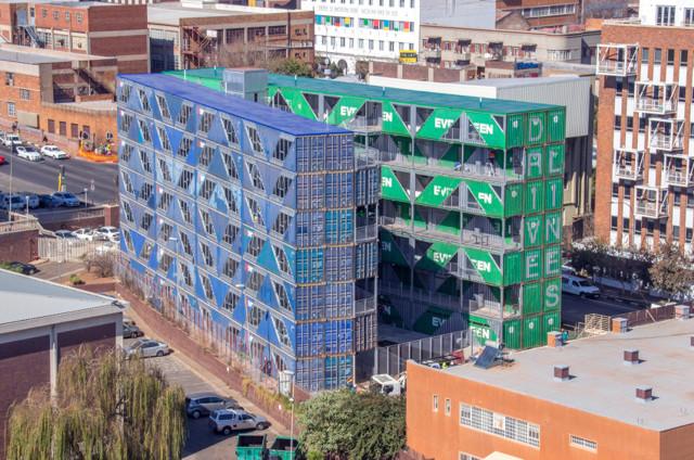 Sudáfrica: Drivelines Studios, Johannesburgo - LOT-EK