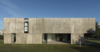Argentina: Casa en La Comarca, Tigre, Pcia. de Buenos Aires - Anibal Bizzotto+ Diego Cherbenco
