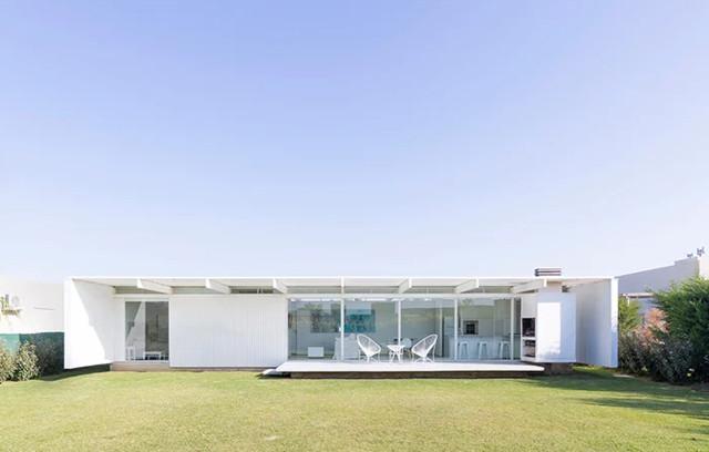 Argentina: Casa en El Maitén, Bahía Blanca - Bernardo Rosello Arquitectura