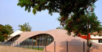 India: Biblioteca Maya S. Somaiya - Studio sP+a