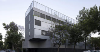 Argentina: La Vecindad Plaza Mafalda, Buenos Aires - Adamo-Faiden Arquitectos