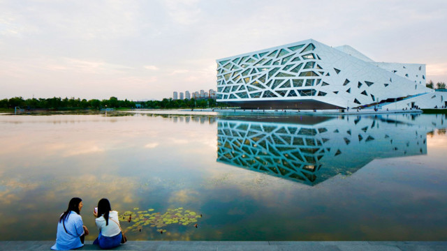 China: Ópera de Hangzhou Yuhang - Henning Larsen Architects