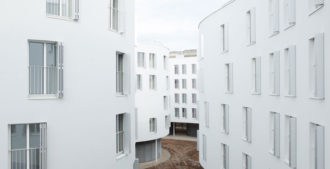 Francia: 45-47 Avenue du Maréchal Fayolle - SANAA