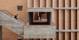 China: Museo de Arte de Changjiang - Vector Architects