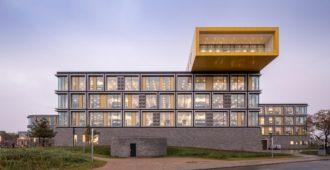 Dinamarca: Edificios de oficinas para Lego - CF Møller Architects