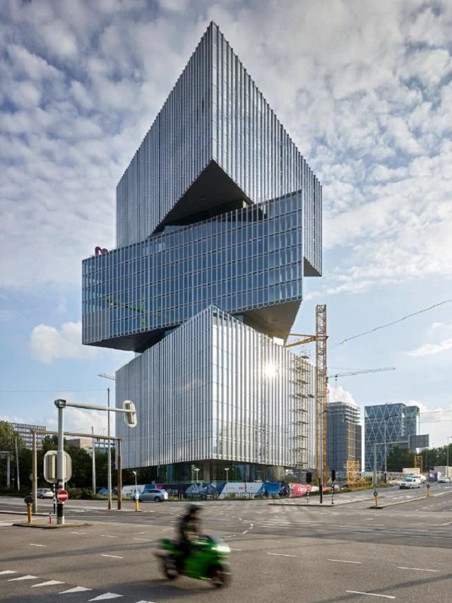 Nhow Amsterdam RAI Hotel - OMA / Reinier de Graaf