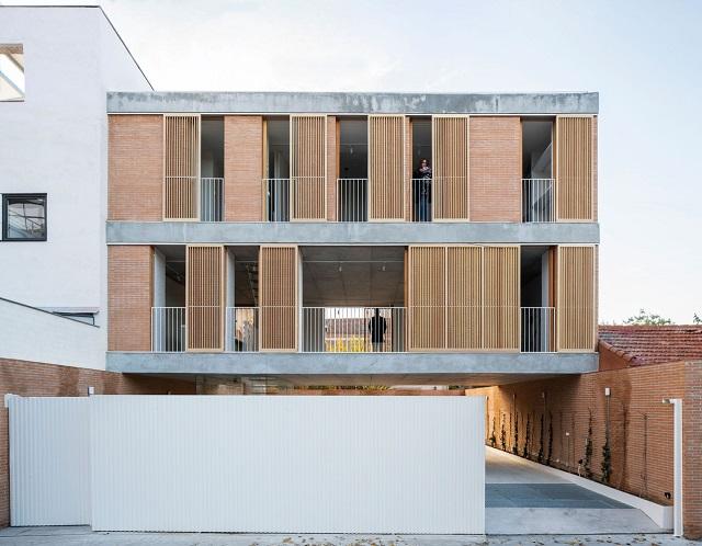 España: Casa sobre un patio, Madrid - Ayllón Paradela Deandrés Arquitectos