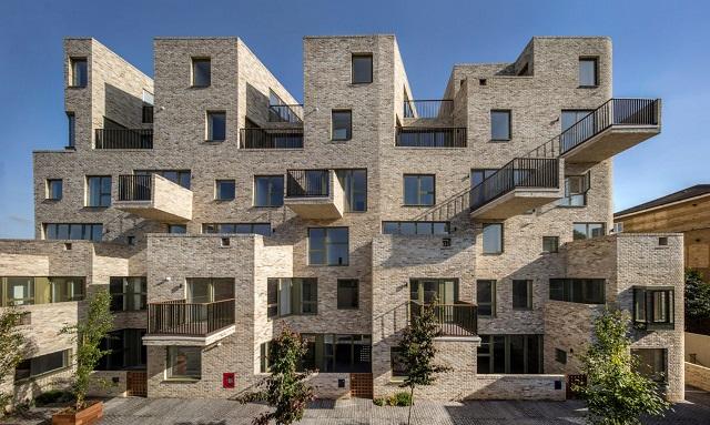 Gran Bretaña: 95 Peckham Road, Londres - Peter Barber Architects