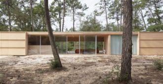 Francia: Casa de Madera en Soulac Sur Mer - Nicolas Dahan