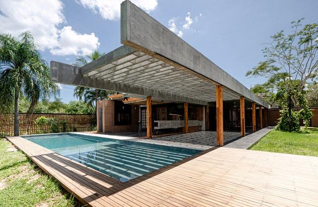 Paraguay: Casa en el bosque, San Bernardino - Felipe Ramirez y Nicole Jaquet