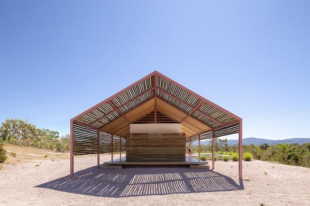 Brasil: Casa Cavalcante - BLOCO Arquitetos