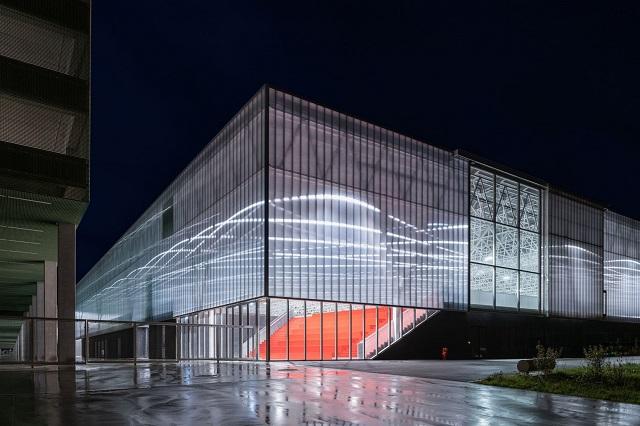 Francia: MEETT - Centro de Exposiciones y Congresos de Toulouse - OMA
