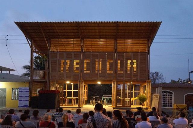 Ecuador: La Comuna - Natura Futura Arquitectura + Frontera Sur Arquitectura