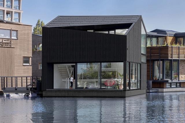 Países Bajos: Casa flotante en Amsterdam - i29 architects