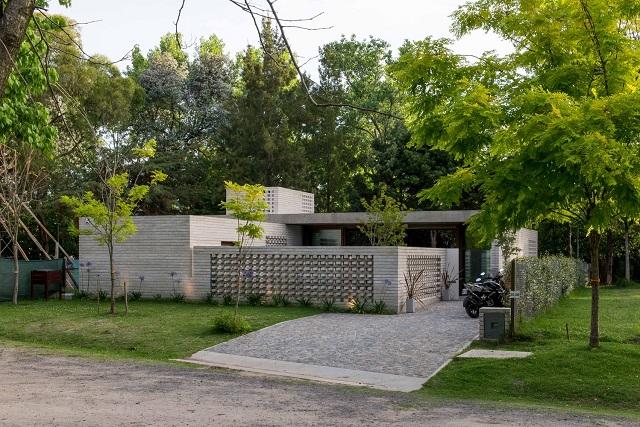 Argentina: Casa JS - Gianserra + Lima arquitectos