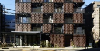 Japón: Residencia de ladrillo Akasaka - KINO architects