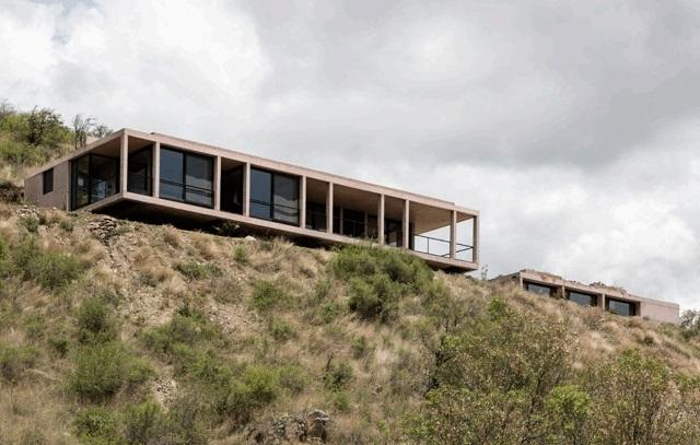 Argentina: Casa MF, Valle de Calamuchita, Córdoba – Alarcia Ferrer Arquitectos