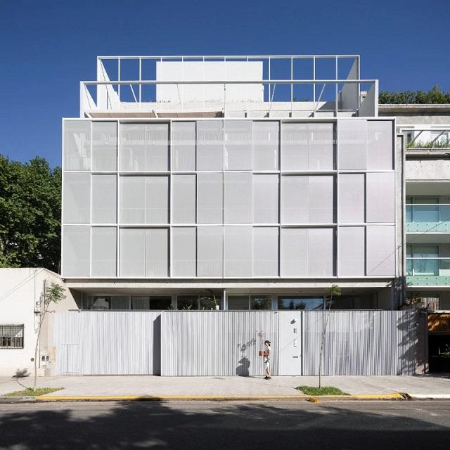 Argentina: Casa Sucre - Ana Smud y Alberto Smud