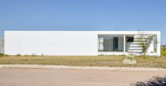 Argentina: Casa Belavista - Arq. Agustín Lozada