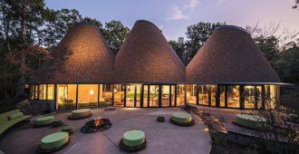 Japón: PokoPoko Club House - Klein Dytham Architecture